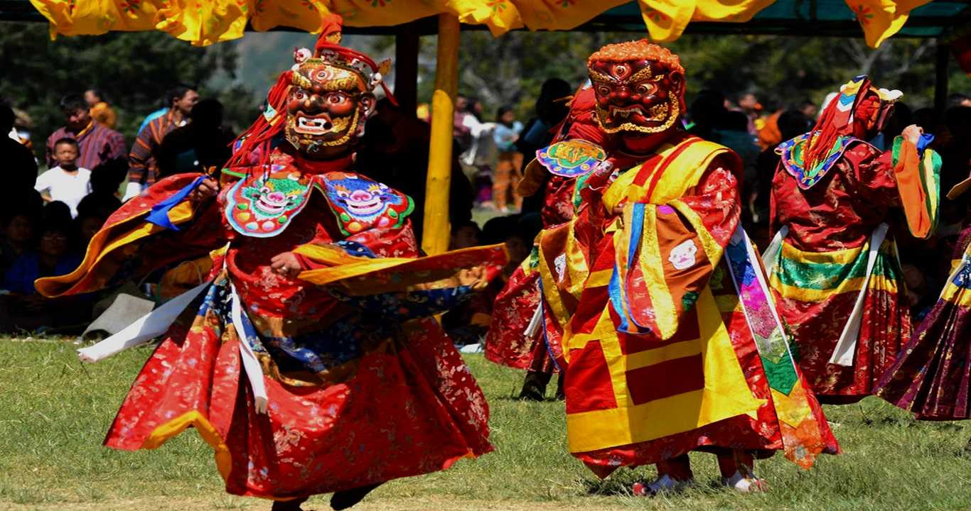 Why Travel to Bhutan in 2022 ?