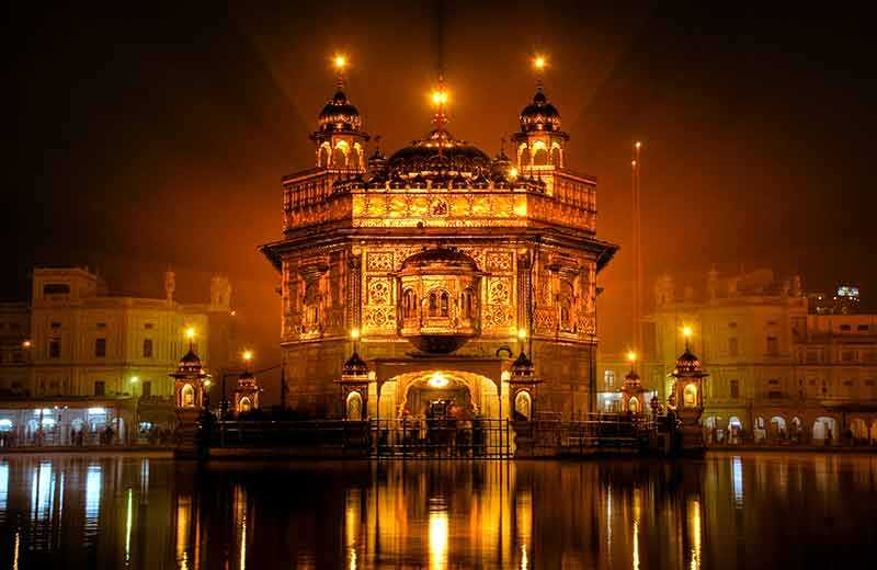 Travel Guide To Incredible India