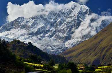 Top 10 Reasons To Trek Manaslu Circuit in Nepal