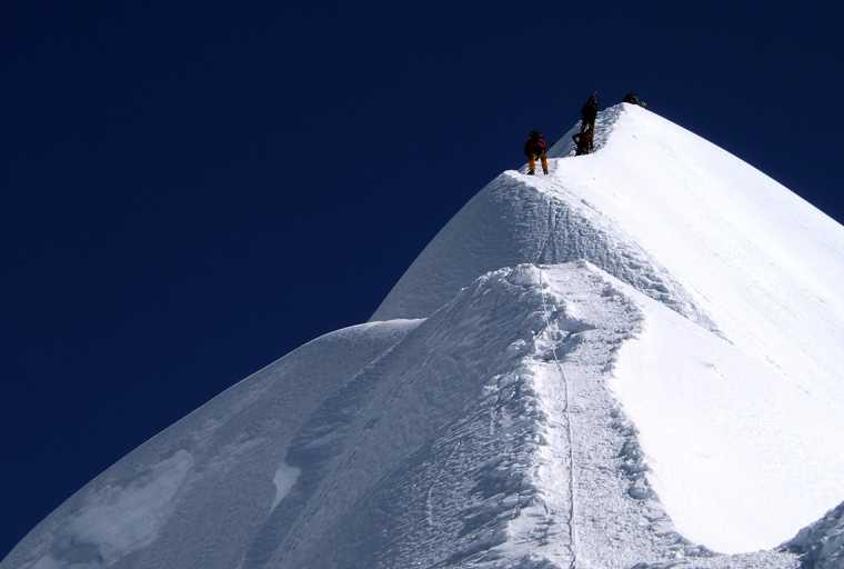 EBC, Kalapatthar Trek And Island Peak Climbing